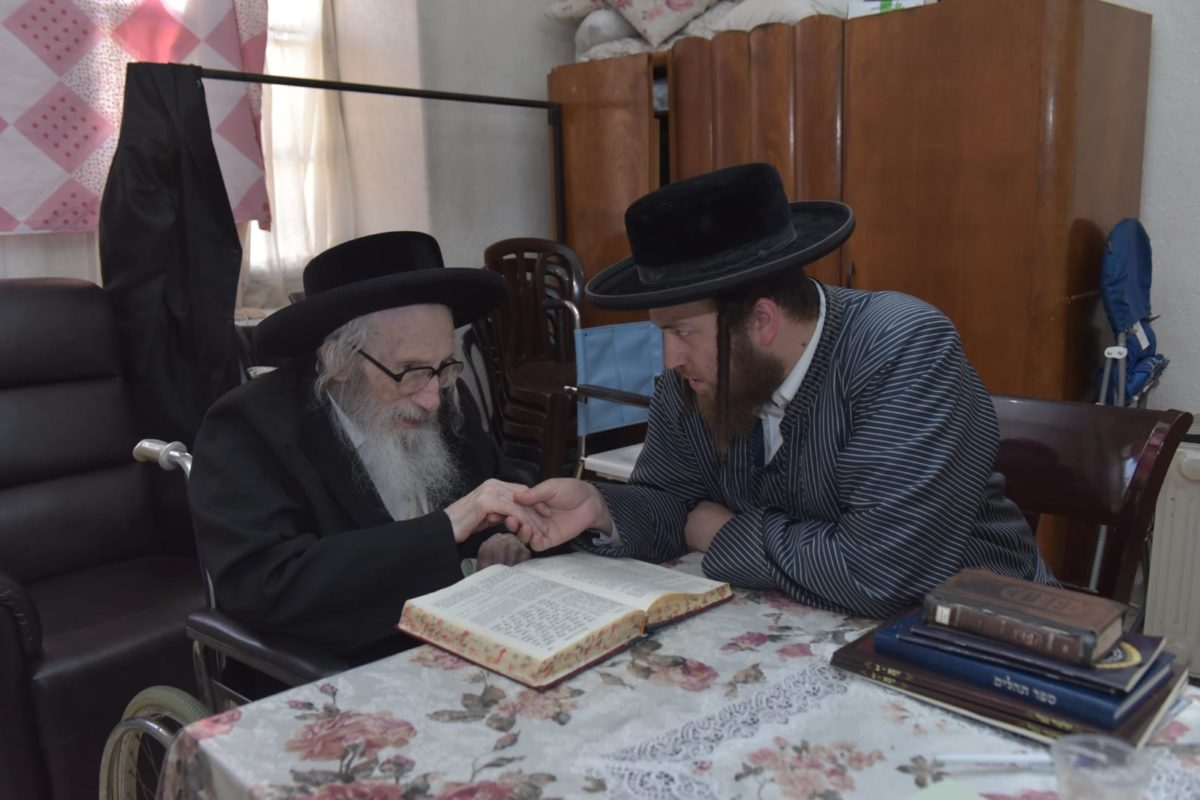 "Tov V'Chesed lost one of its leading gedolim Harav Mordechai Aron Scheinberger zt""l"