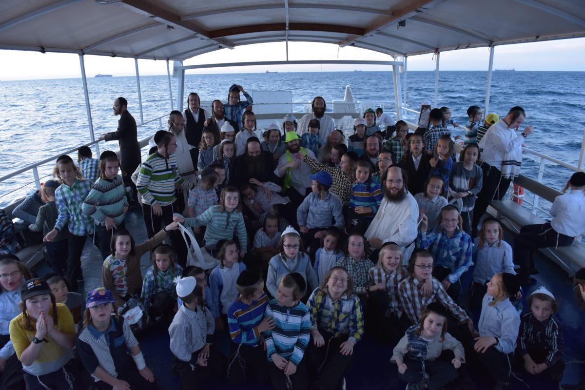 Tishrei Bein Hazmanim Getaway Enjoyed by Close to 500 Orphaned Children